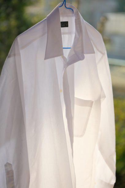 綿のシャツ